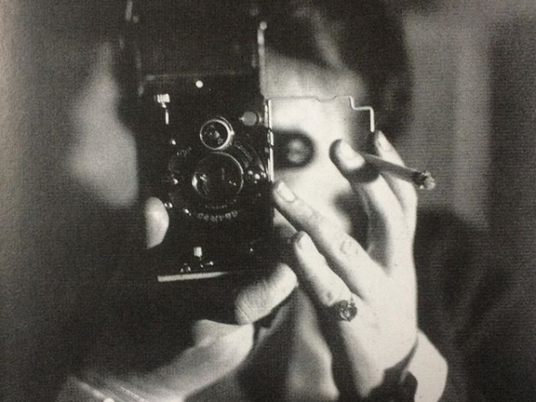 Germaine Krull, Self-portrait with Icarette, 1928.